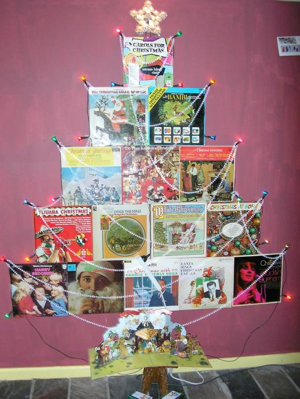 AD-100+-Of-The-Most-Creative-Christmas-Trees-Ever-112