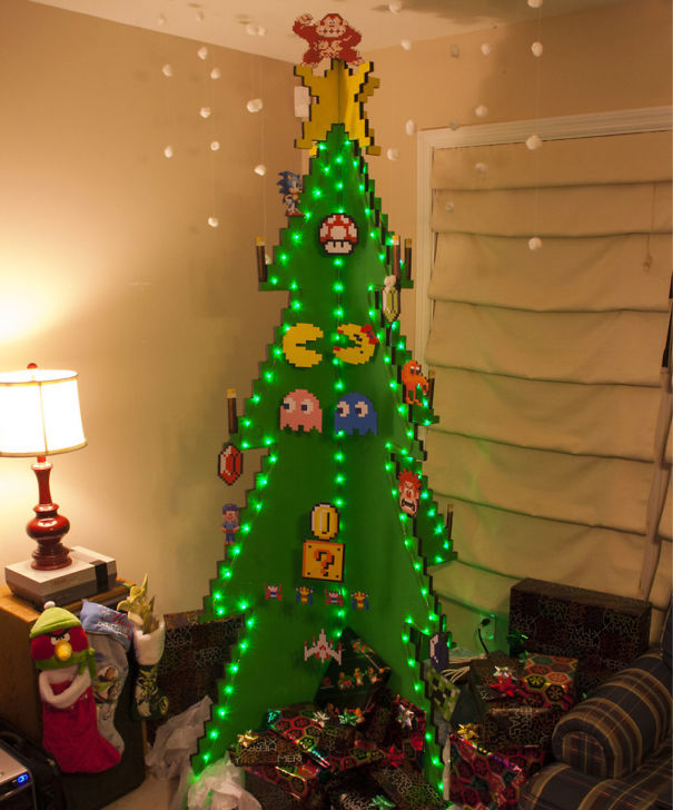 AD-100+-Of-The-Most-Creative-Christmas-Trees-Ever-14