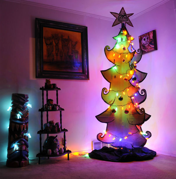 AD-100+-Of-The-Most-Creative-Christmas-Trees-Ever-24