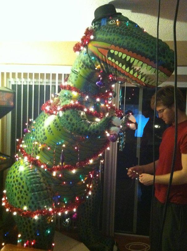 AD-100+-Of-The-Most-Creative-Christmas-Trees-Ever-50
