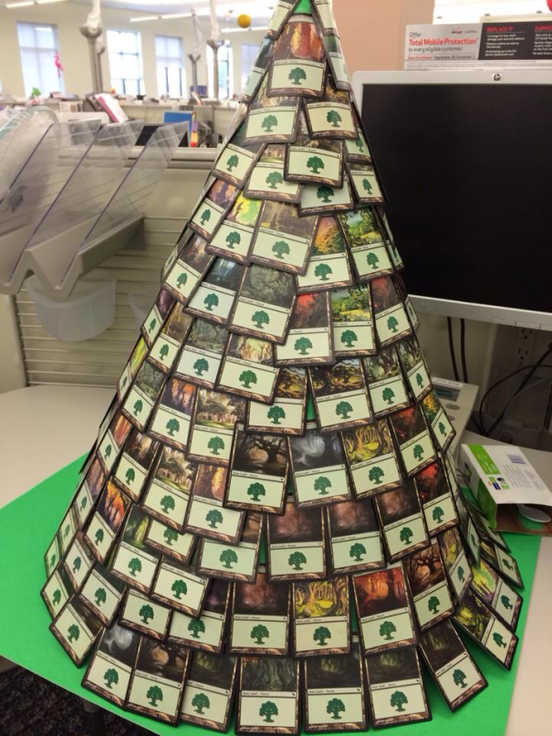 AD-100+-Of-The-Most-Creative-Christmas-Trees-Ever-58