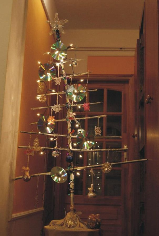 AD-100+-Of-The-Most-Creative-Christmas-Trees-Ever-78