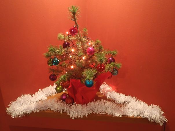 AD-100+-Of-The-Most-Creative-Christmas-Trees-Ever-81