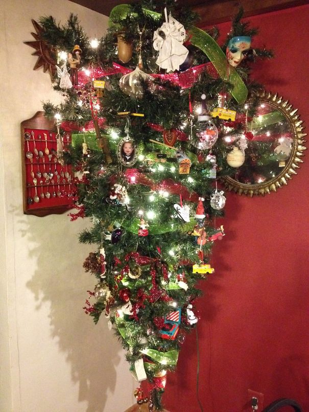 AD-100+-Of-The-Most-Creative-Christmas-Trees-Ever-93