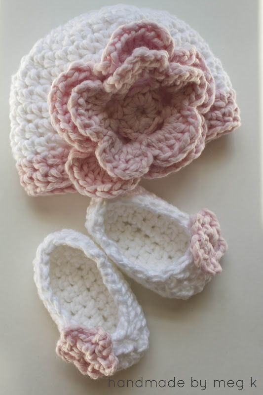 AD-Adorable-And-FREE-Crochet-Baby-Booties-Patterns-12