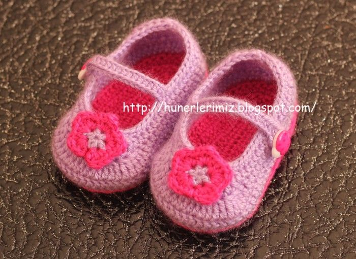 AD-Adorable-And-FREE-Crochet-Baby-Booties-Patterns-36