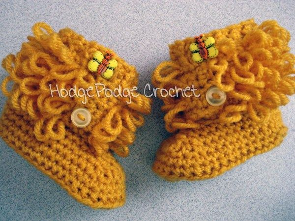 AD-Adorable-And-FREE-Crochet-Baby-Booties-Patterns-37