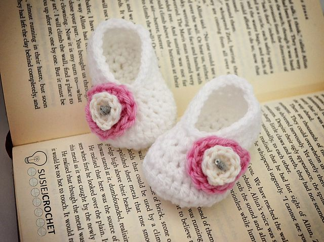 AD-Adorable-And-FREE-Crochet-Baby-Booties-Patterns-38