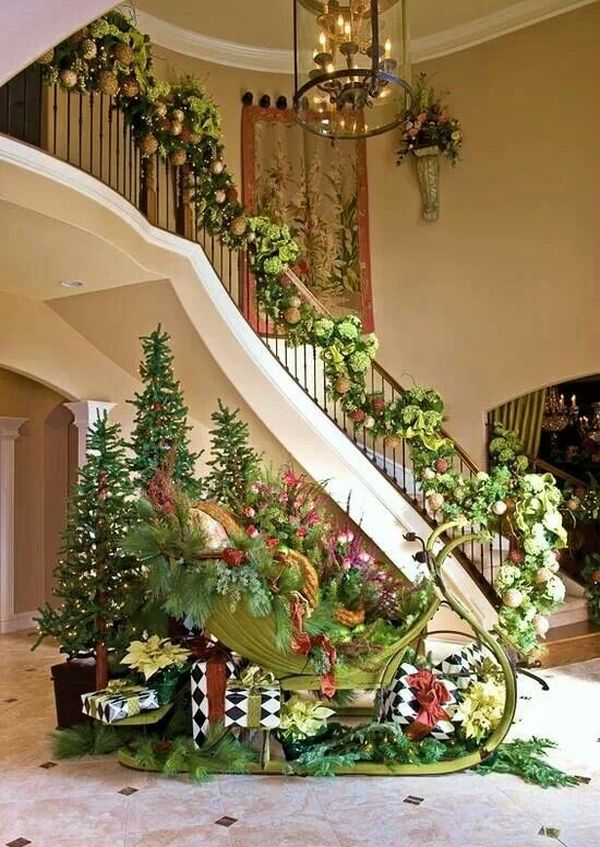AD-Beautiful-Christmas-Stairs-Decoration-Ideas-14
