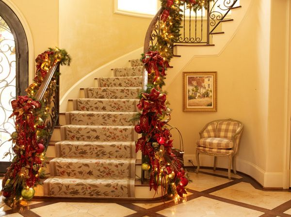 AD-Beautiful-Christmas-Stairs-Decoration-Ideas-18