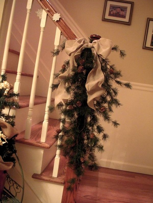 AD-Beautiful-Christmas-Stairs-Decoration-Ideas-19