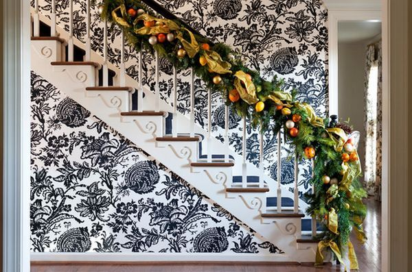 AD-Beautiful-Christmas-Stairs-Decoration-Ideas-21