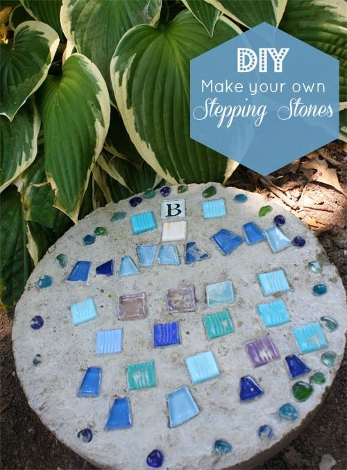 AD-Beautiful-DIY-Stepping-Stone-Ideas-To-Decorate-Your-Garden-26