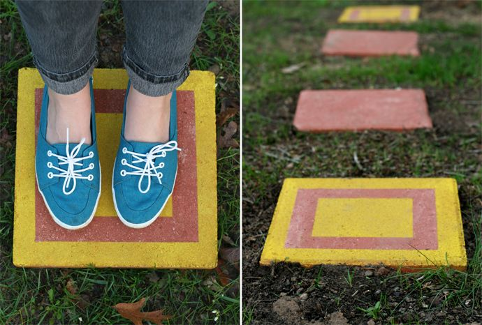 AD-Beautiful-DIY-Stepping-Stone-Ideas-To-Decorate-Your-Garden-29