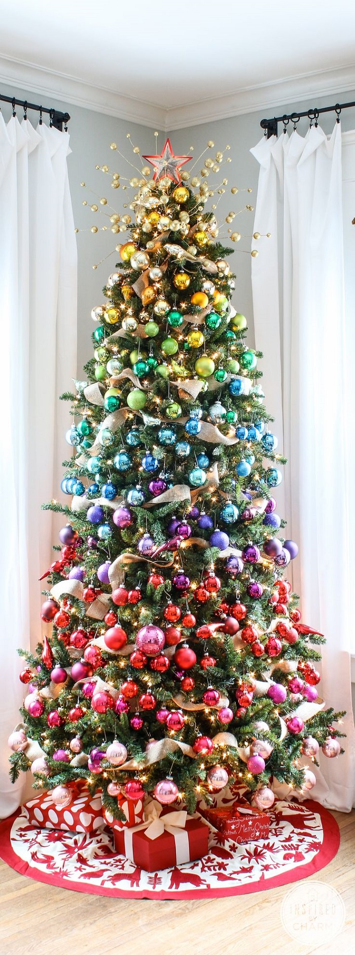 AD-Colorful-And-Sweet-Christmas-Tree-Decorating-Ideas-04