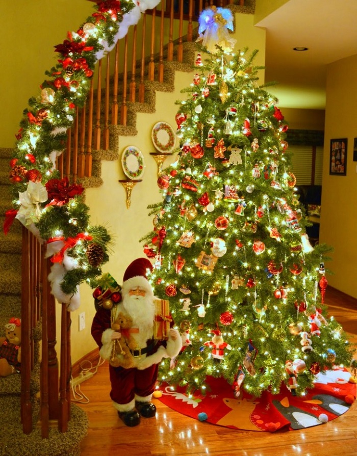 Christmas Inside House Decorations the most colorful and sweet christmas trees and decorations you