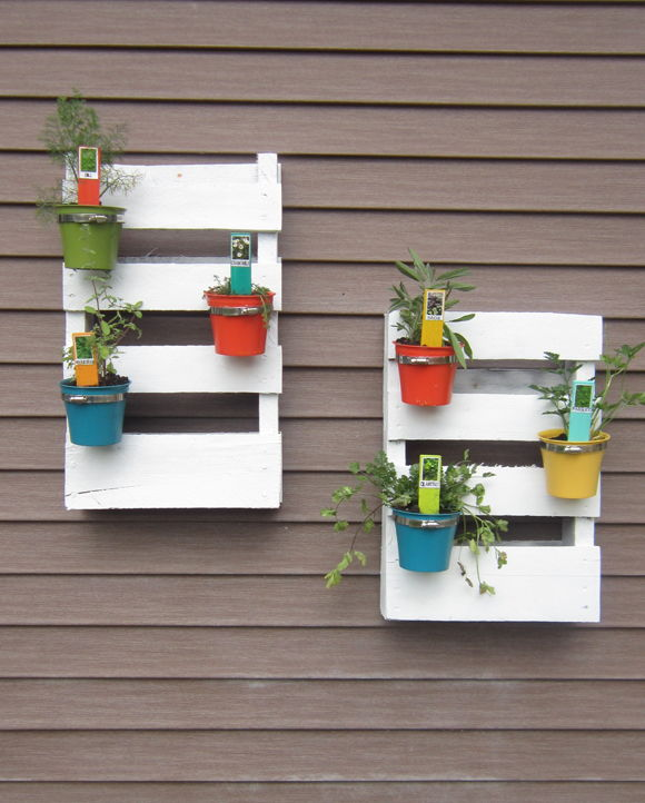 AD-Creative-DIY-Vertical-Gardens-For-Your-Home-25