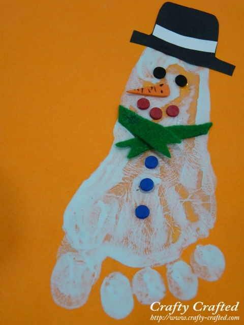 40+ Creative Handprint And Footprint Crafts For Christmas ...