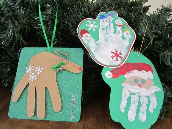 AD-Creative-Handprint-And-Footprint-Crafts-For-Christmas-37