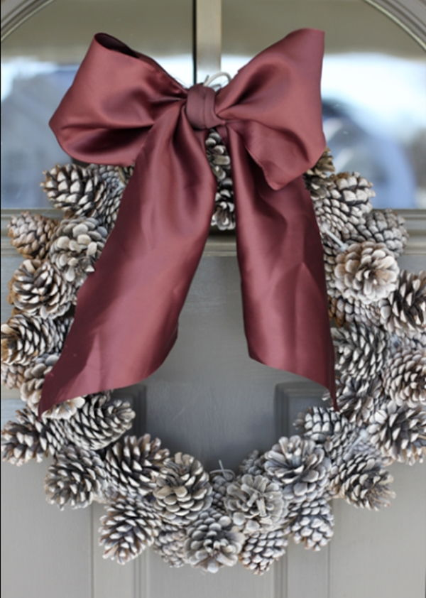 AD-Creative-Pinecone-Crafts-For-Your-Holiday-Decorations-03