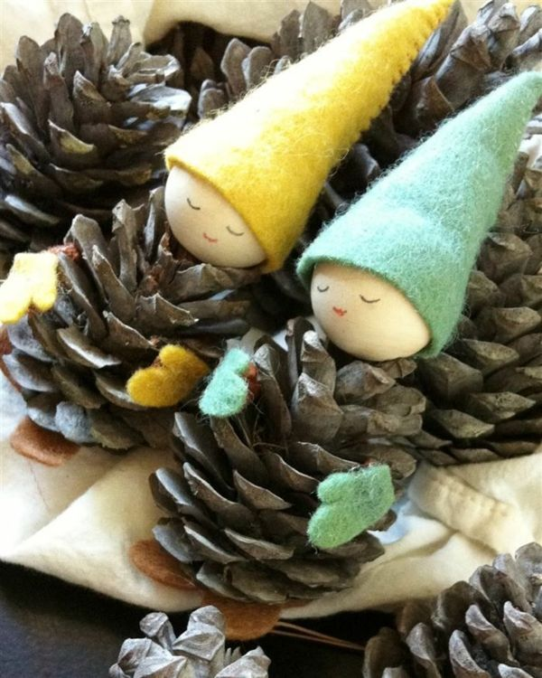 AD-Creative-Pinecone-Crafts-For-Your-Holiday-Decorations-11-0