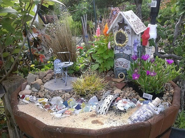 AD-DIY-Ideas-How-To-Make-Fairy-Garden-30