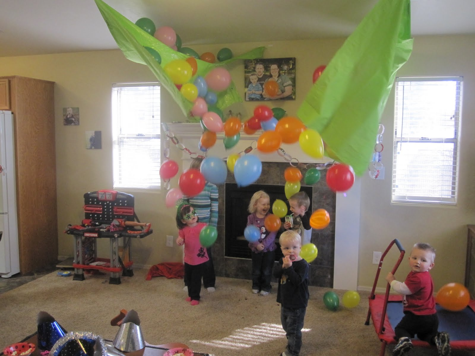 45 Fun And Creative Ways To Use Balloons Architecture