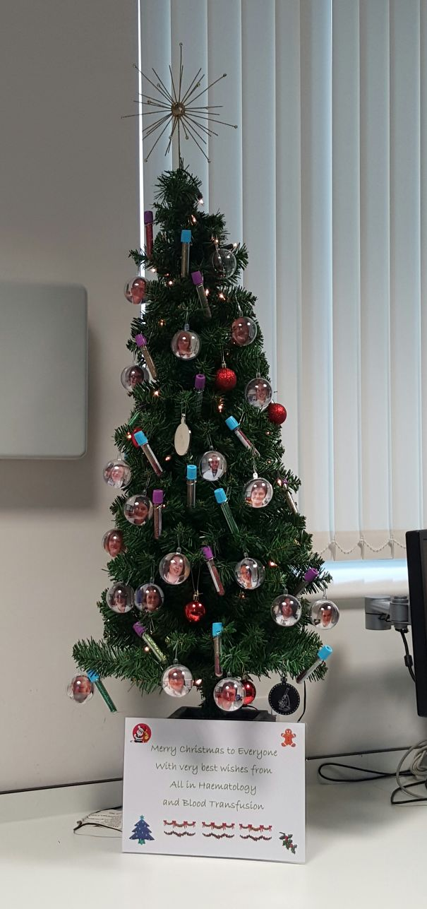 AD-Hospital-Christmas-Decorations-21