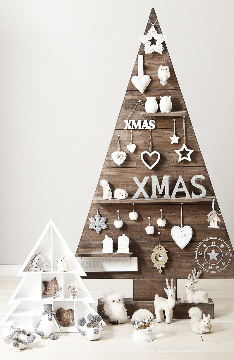 AD-Ideas-Of-How-To-Make-A-Wood-Pallet-Christmas-Tree-03