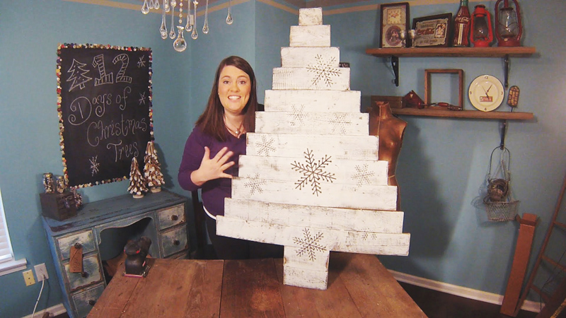 AD-Ideas-Of-How-To-Make-A-Wood-Pallet-Christmas-Tree-23
