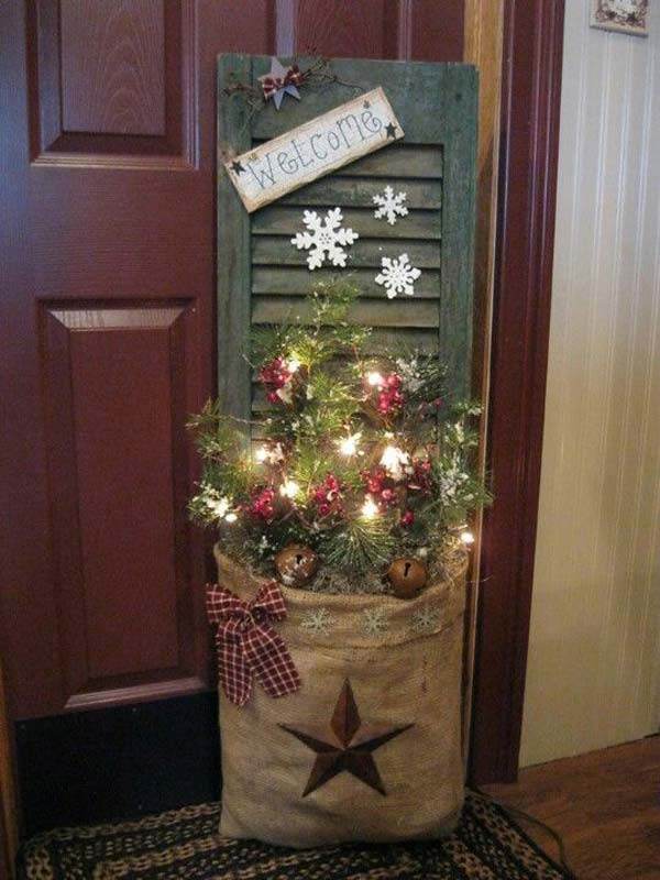 primitive christmas shutter idea ad ideas to decorate your home with recycled
