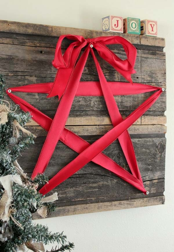 ad ideas to decorate your home with recycled - Wooden Christmas Crafts