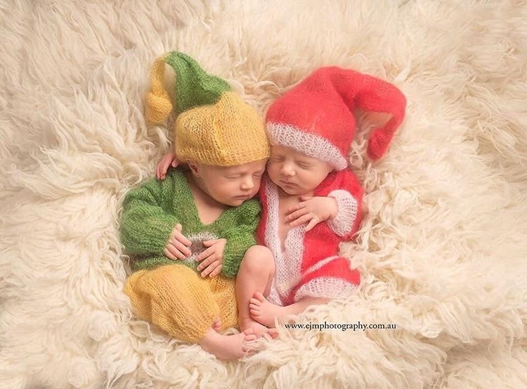 Ad knitted christmas baby outfits 08