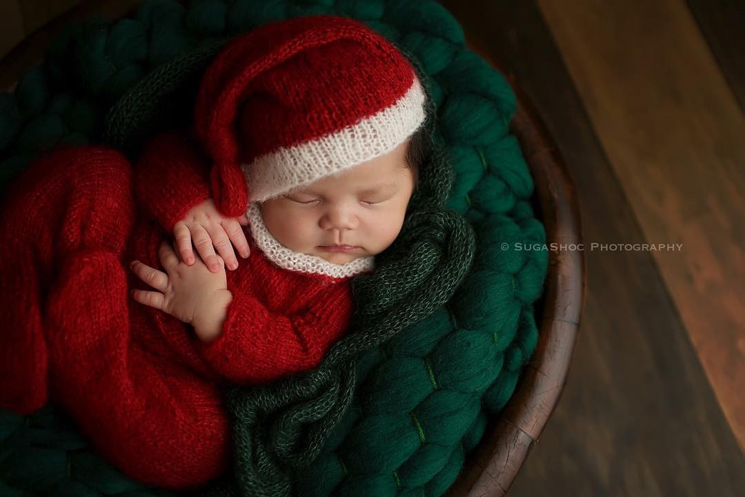 AD-Knitted-Christmas-Baby-Outfits-11