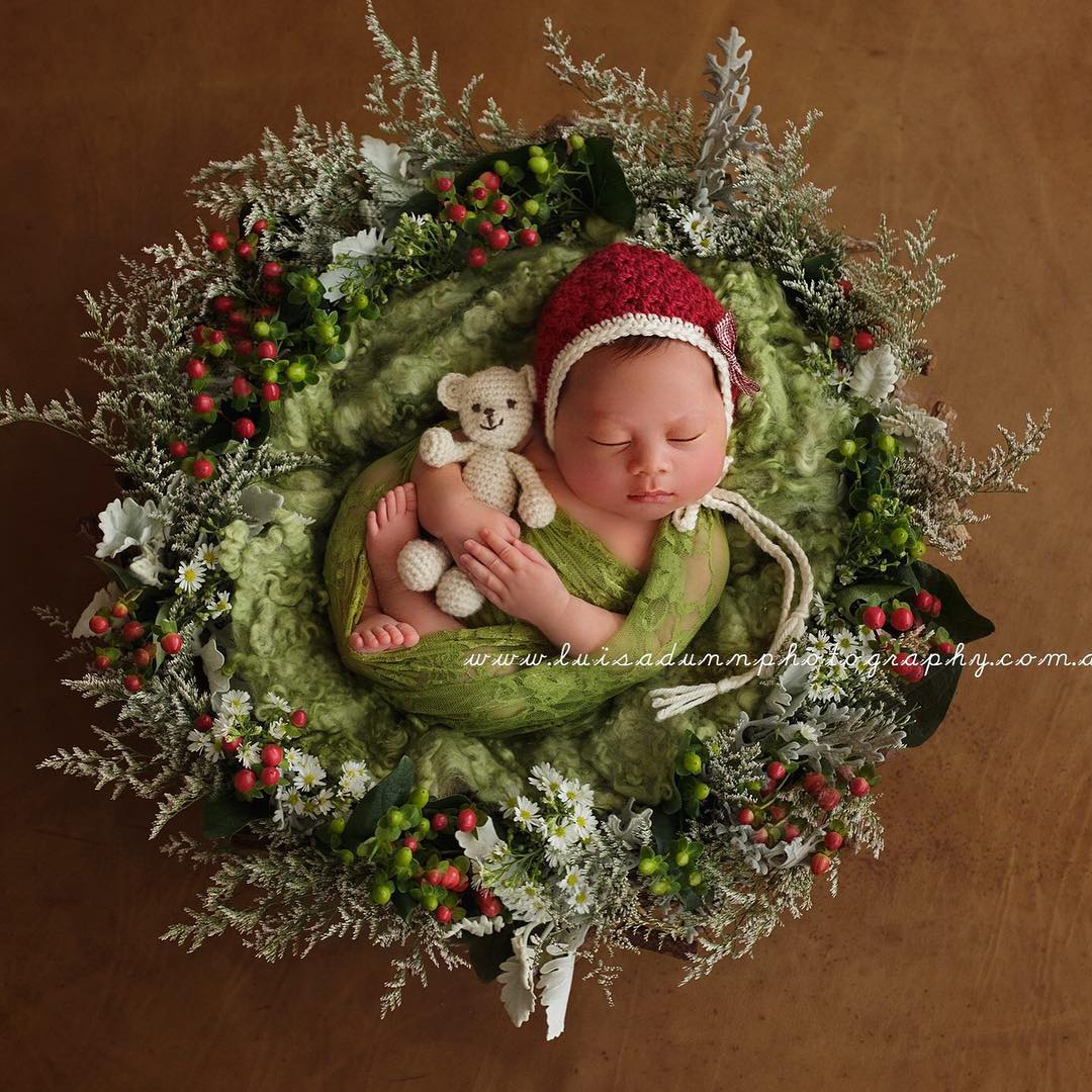 AD-Knitted-Christmas-Baby-Outfits-14