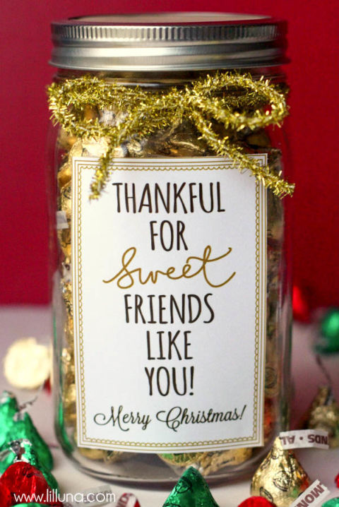 AD-Magical-Ways-To-Use-Mason-Jars-This-Christmas-03