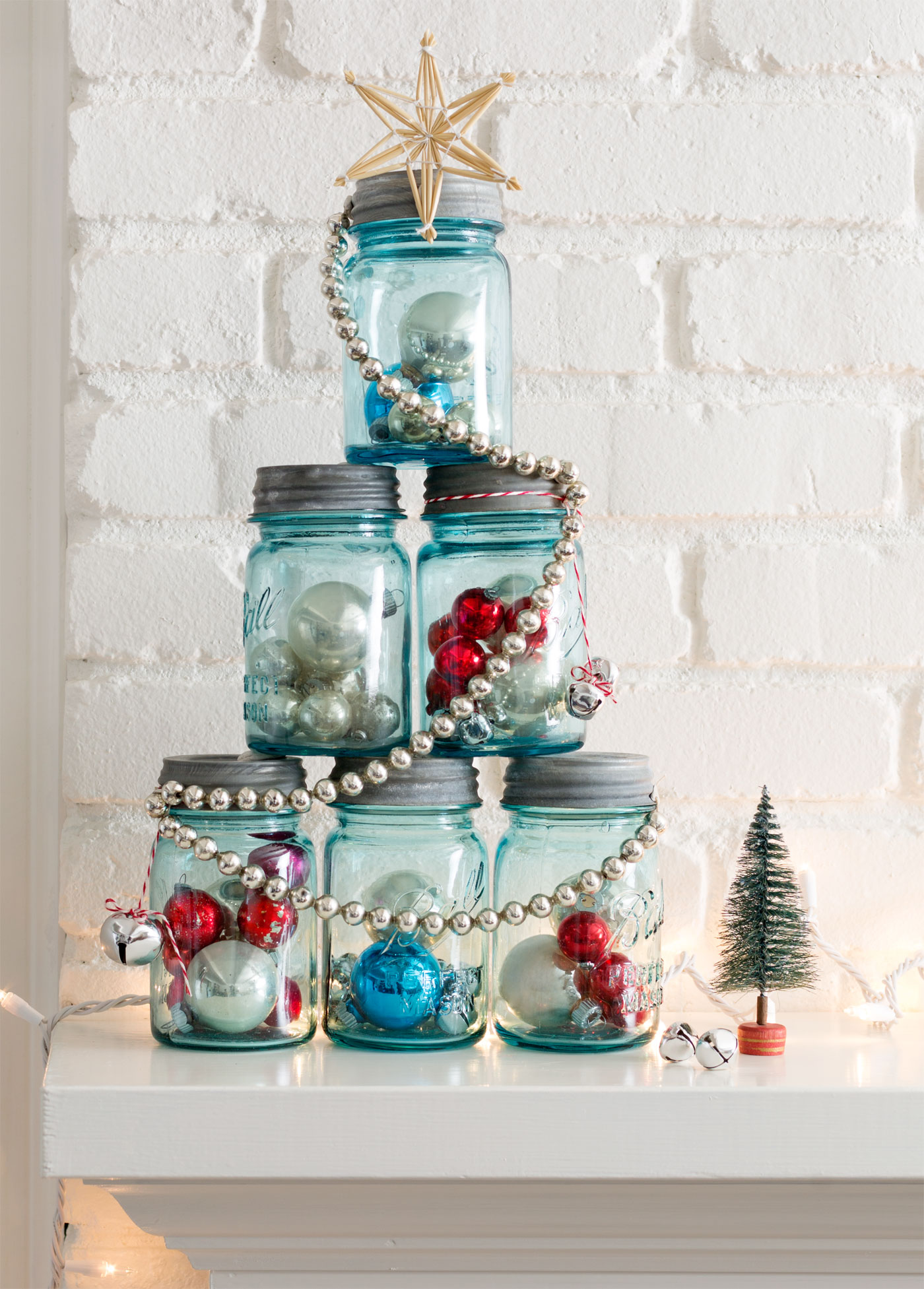 ad magical ways to use mason jars this - Christmas Jar Decorations