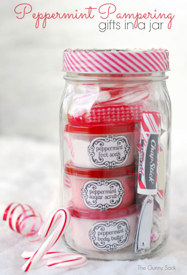 AD-Magical-Ways-To-Use-Mason-Jars-This-Christmas-25