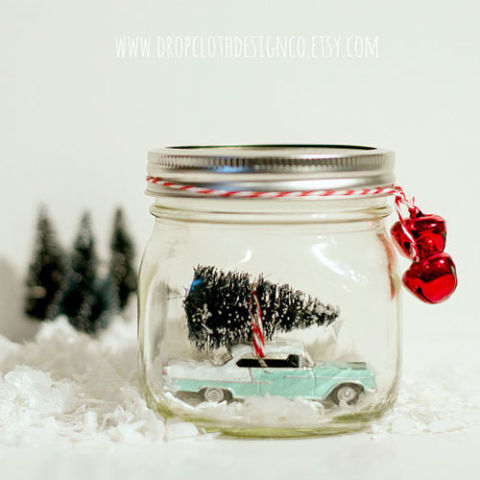 AD-Magical-Ways-To-Use-Mason-Jars-This-Christmas-30