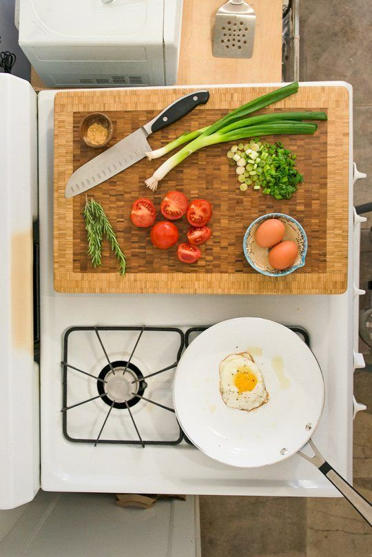AD-Organization-And-Storage-Hacks-For-Small-Kitchens-10