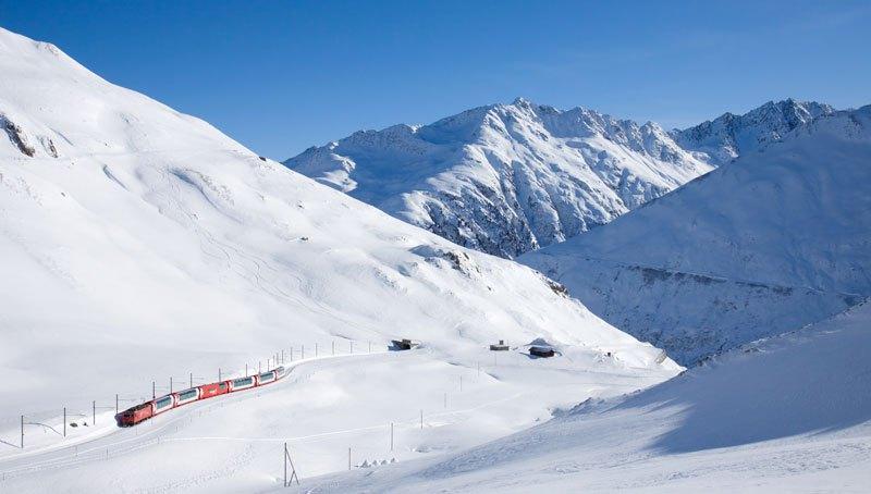 AD-Rhaetian-Railway-Albula-Bernina-Glacier-Express-Bernina-Express-UNESCO-10