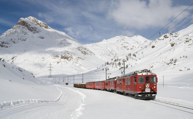 AD-Rhaetian-Railway-Albula-Bernina-Glacier-Express-Bernina-Express-UNESCO-11