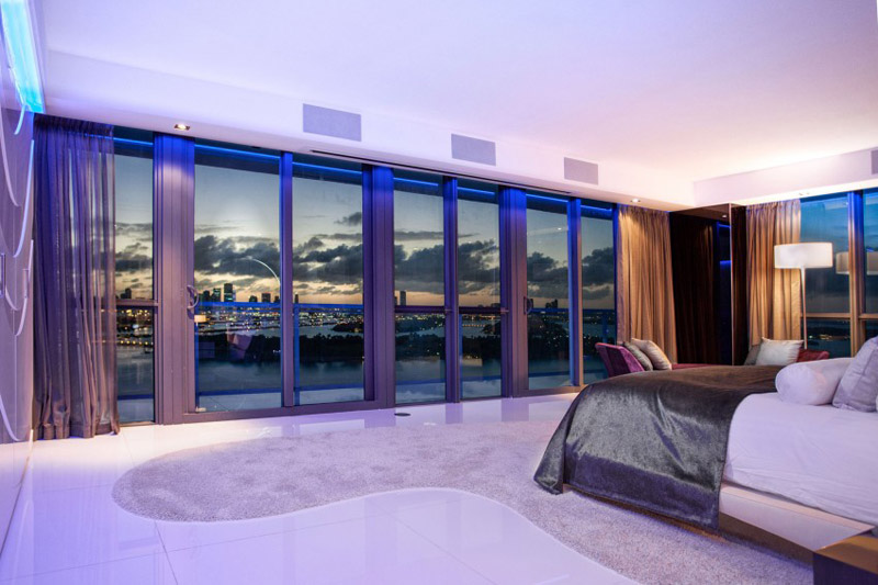 AD-Stunning-Miami-Beach-Penthouses-With-Pool-05-6