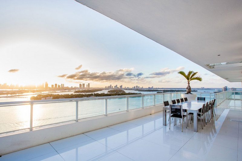 AD-Stunning-Miami-Beach-Penthouses-With-Pool-05