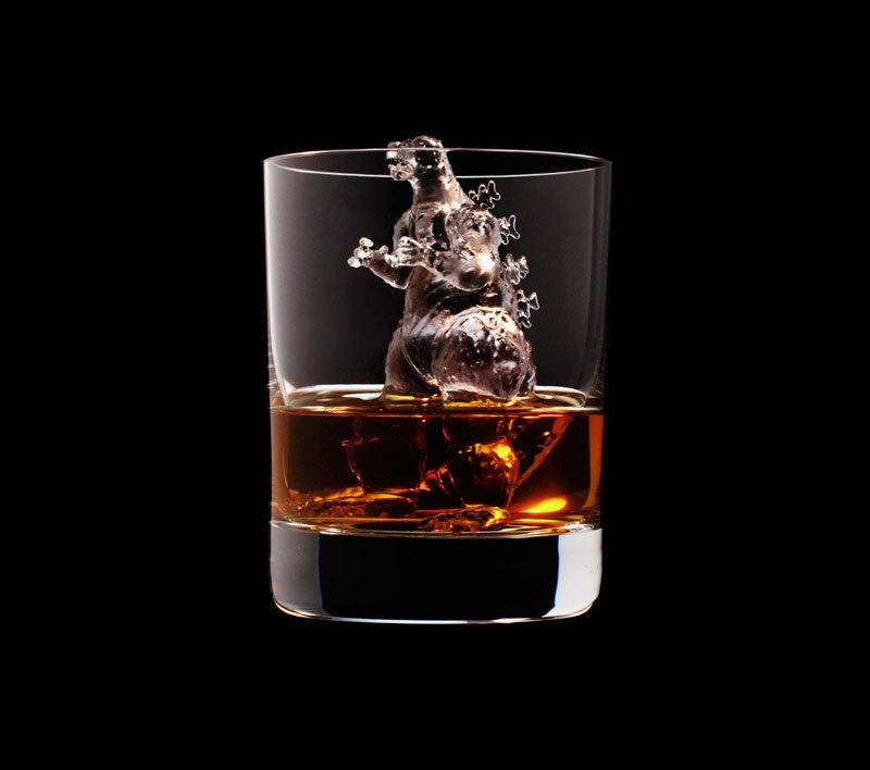 AD-Suntory-Whisky-Tbwa-Hakuhodo-Cnc-Milled-Ice-Cubes-3D-08