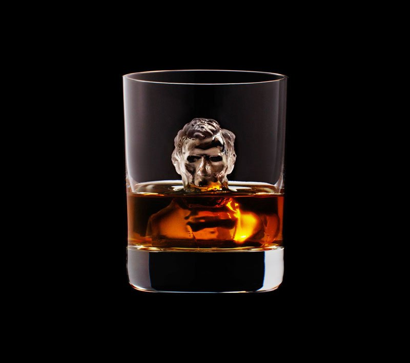 AD-Suntory-Whisky-Tbwa-Hakuhodo-Cnc-Milled-Ice-Cubes-3D-15
