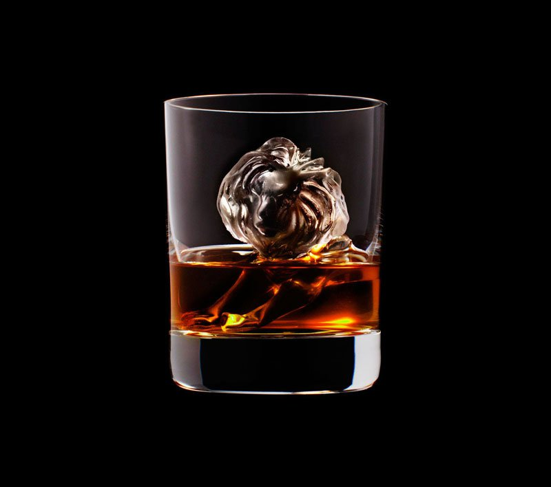 AD-Suntory-Whisky-Tbwa-Hakuhodo-Cnc-Milled-Ice-Cubes-3D-18
