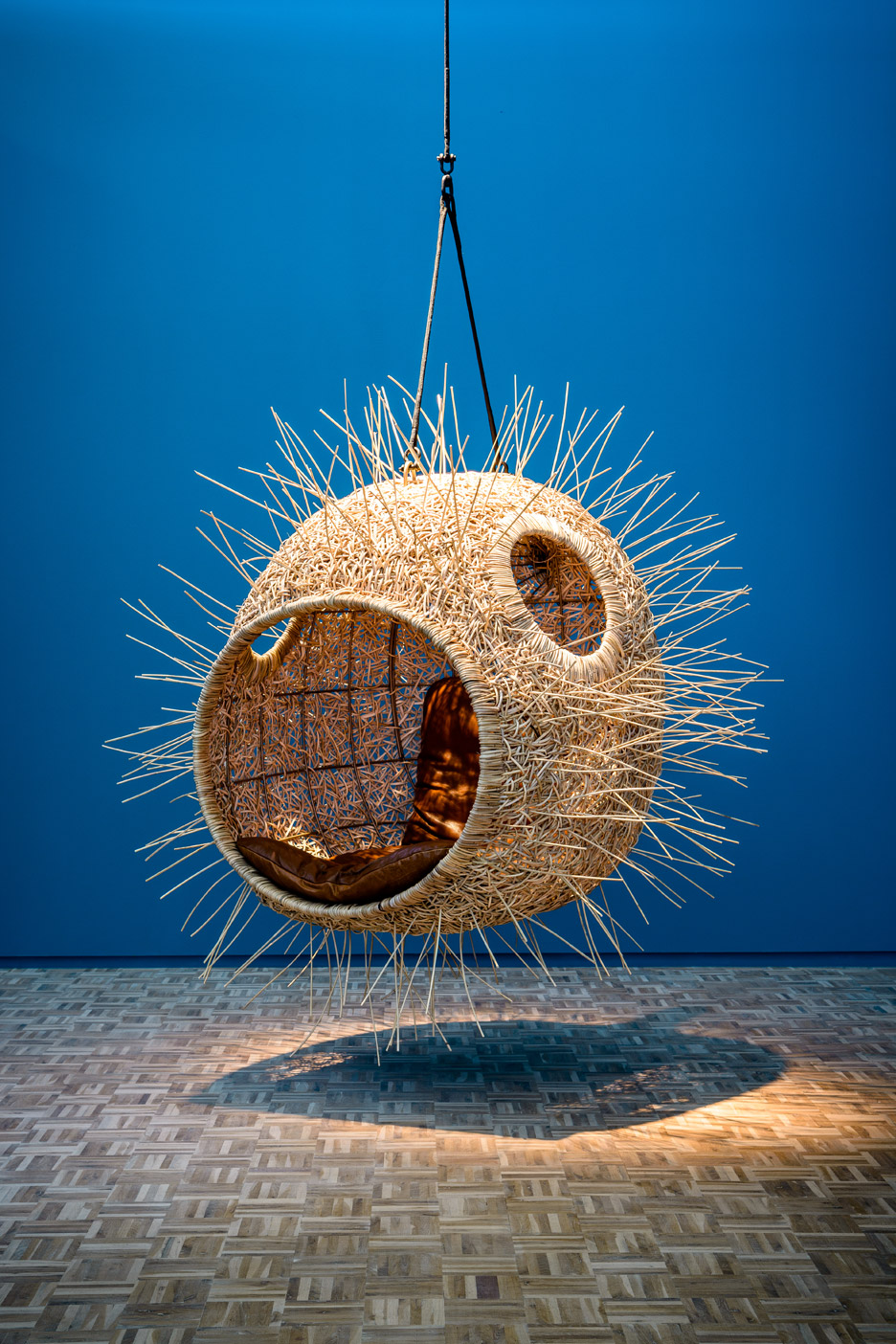 AD-These-Hanging-Chairs-Let-You-Sit-In-The-Mouths-Of-Animals-05