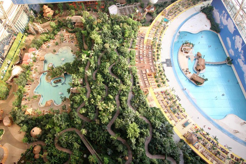 AD-Tropical-Islands-Resort-The-Giant-Waterpark-Inside-An-Old-German-Airship-Hangar-03