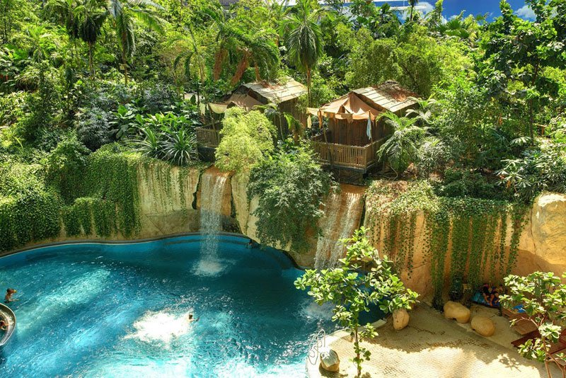 AD-Tropical-Islands-Resort-The-Giant-Waterpark-Inside-An-Old-German-Airship-Hangar-09
